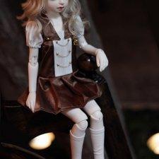 Cornelia и Crystal у Dika Doll