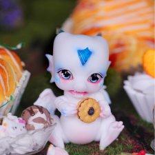 Aileen Doll будут продавать white pico lapis