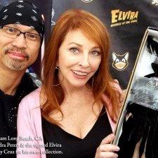 Elvira Mistress of the dark, мэйк куклы сделан Noel Cruz