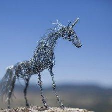 Железные скульптуры из проволоки Nevena Atanasova