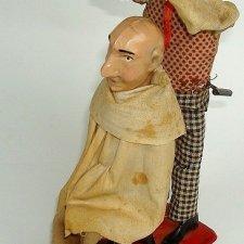 Парикмахер и клиент Фернана Мартина в действии (1900-е гг.)