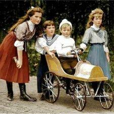 Дни Рождения в доме Романовых. Что дарили детям в царской семье?