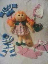 наборчики куколок с вязаной одеждой и аксессуарами