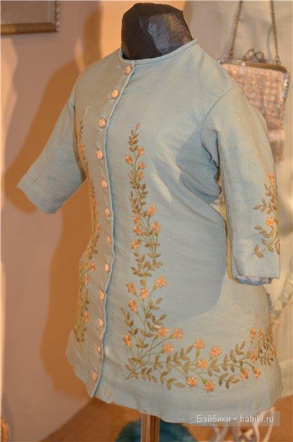 Женский исторический костюм голубое пальто