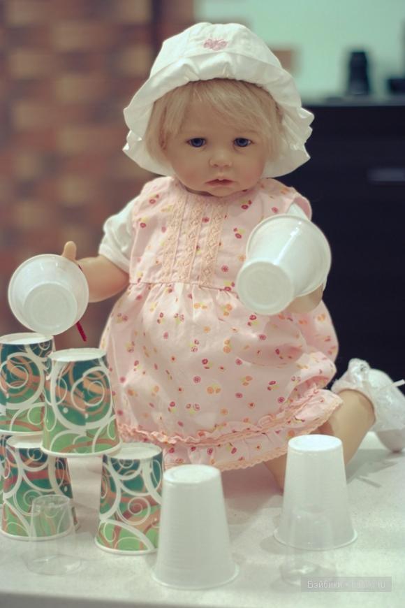 кукла Гётц