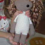 Вязанная кукла Лайла