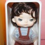 Доставка бесплатно! Акция! Смешная сердитая девочка - куколка Xiaomi Monst брюнетка 20 см