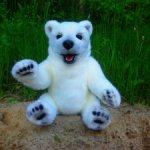 Авторский,большой- Полярный медведь