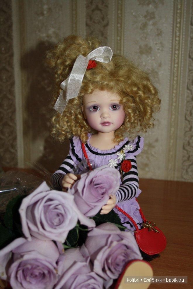 Valentina Rose, автор Lorella Falconi