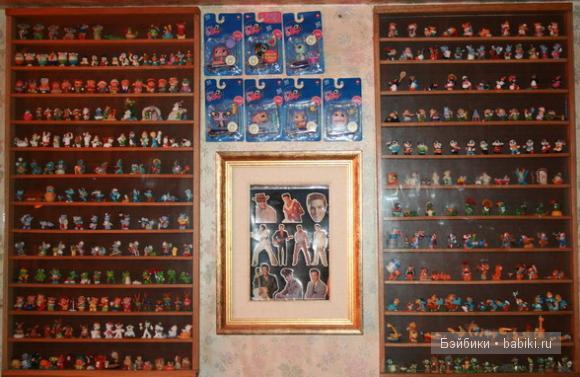 Витрина, коллекция игрушек из Киндер сюрприза
