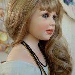 Monika Levenig и её коллекция фарфоровых кукол.