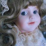Коллекционная, фарфоровая кукла Cindy MClure.