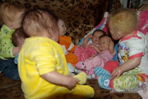 Сестренки-Варя и Даша и Кира и Никита и Денис и Амина и Борис