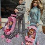 Две коляски для Барби одним лотом.