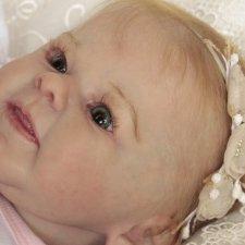 Малышка Грета. Скульптор Andrea Arcello
