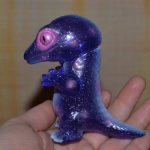 Пурпурная ящерка с хамелеончиком Asahi Kogai YK Dream rocket × Three Wax Leopold (Satoru) and Kami
