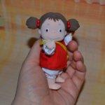 """куколка Mei-Chan из мультфильма """"Мой сосед Тоторо""""."""
