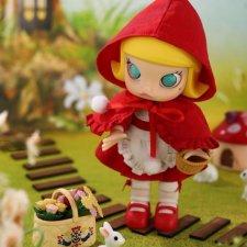 Popmart Molly Little Red Riding Hood BJD