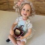 Кукла виниловая коллекционная Ланч для школьницы от RICHARD SIMMONS