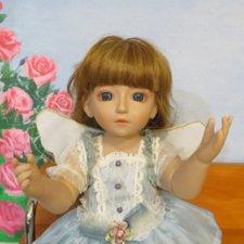 Большая шарнирная игровая кукла.
