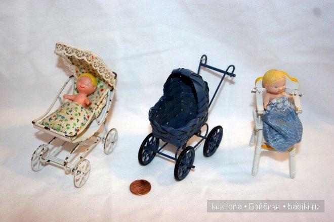 Миниатюрные колясочки разных эпох