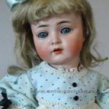 Моя антикварная девочка фабрики Kammer & Reinhardt
