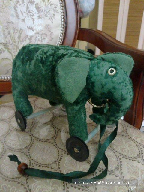 Мой самый любимый толстый слоник, подобный выпускали в Германии в 30-х годах