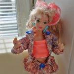 Midge Barbie and the beat