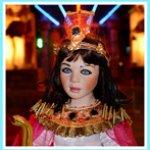 Клеопатра, автор фарфоровой куклы Sue Narula