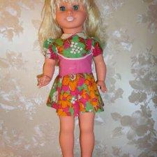 Куколка ГДР -блондина , в родной одежде и обуви.