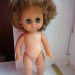 Интересная куколка похожа на прямоножку Бигги