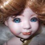Помогите разобраться с куклой из фарфора
