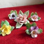 Прелестные фарфоровые цветы для кукольного интерьера