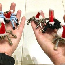 Новогодние паучата на вашу ёлочку