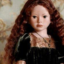 Девочка в старинном костюме. Авторская кукла