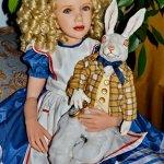 Алиса - всеобщая любимица. Jane Bradbury, Alice in Wonderland