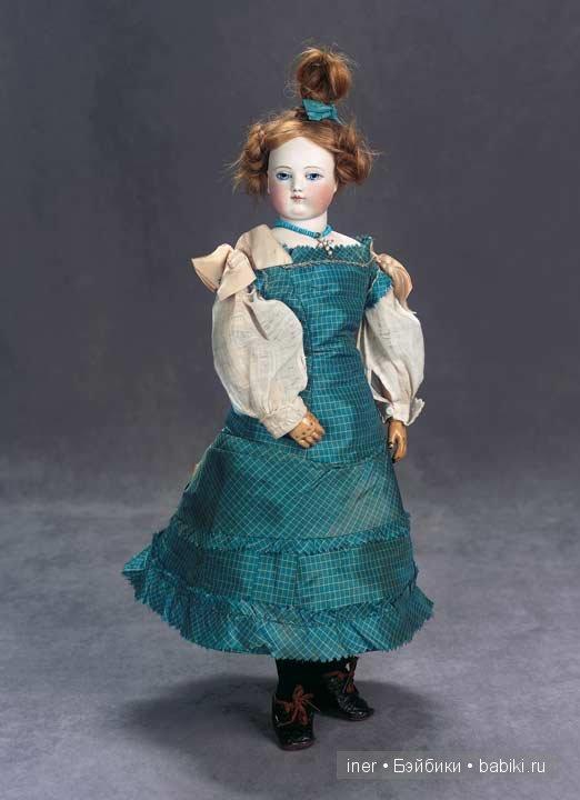 Кукла внучки Гюго