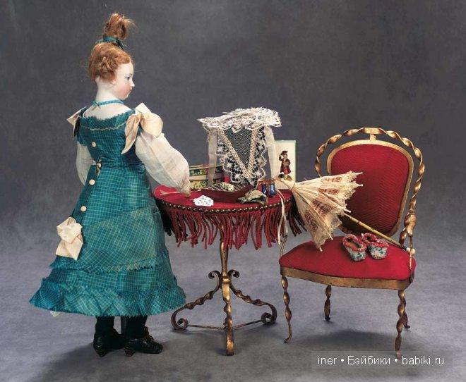 Кукла внучки Гюго с приданым