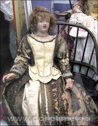 Старинная кукла Саския