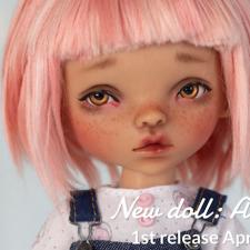 Little Rebel открывают продажи мечтательной Anouk (рост 23см) с 20 апреля