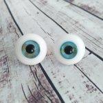 Стеклянные глаза разных форм и цветов размером от 8 до 22