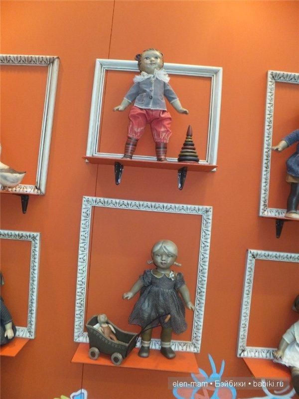куклы в раме 4
