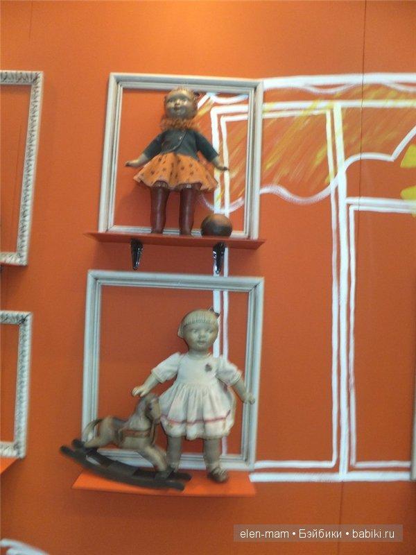 куклы в раме 3