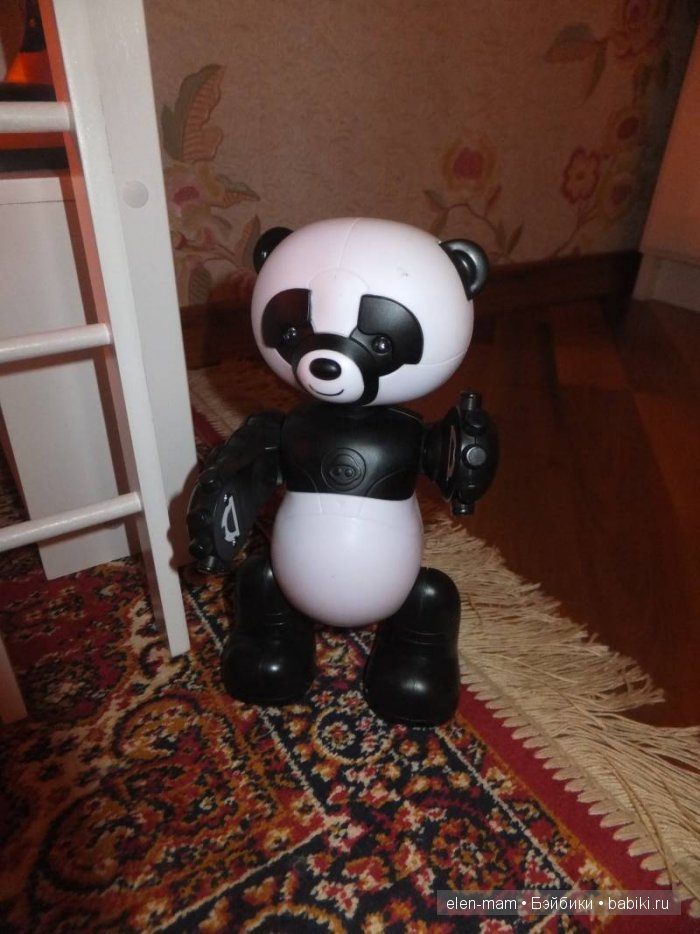 Панда-робот