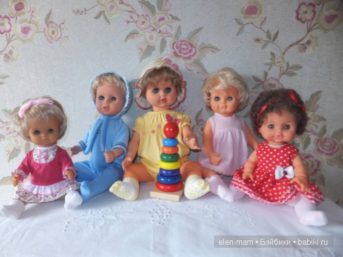 Три пупса ГДР, итальяночка и ГДР-рочка