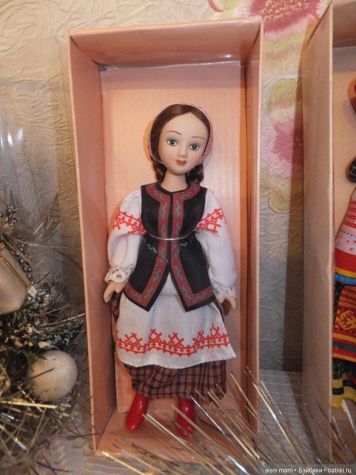Одна кукла, русская
