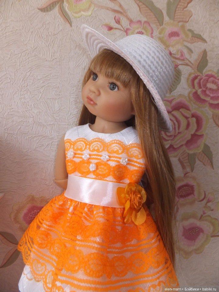 Оливия в оранжевом платье 2