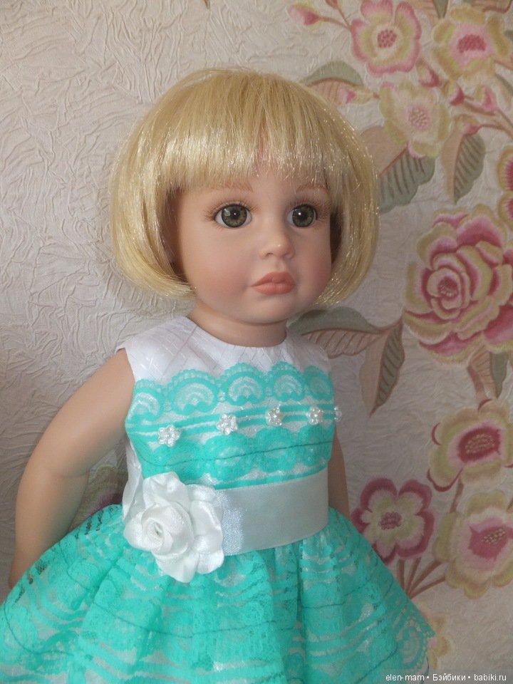 Катюша в зелёном платье 3
