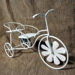 Декоративный металлически велосипед
