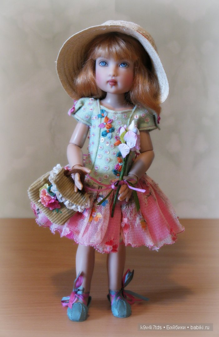 кукла автора Helen Kish